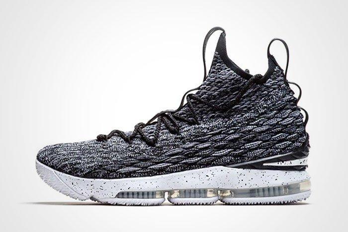 Nike Lebron 15 Thumb