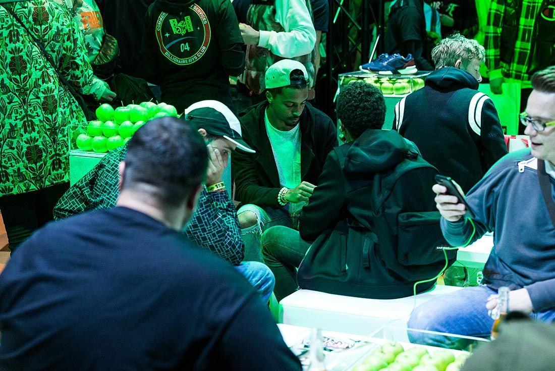 Sneakerness Even Recap People Sitting