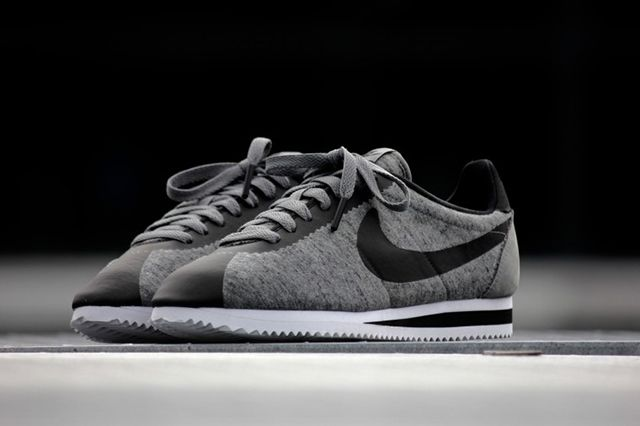 Nike Cortez Tech Fleece Tumbled Grey 2