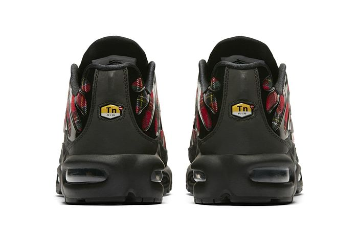 Nike Air Max Plus Tartan 4