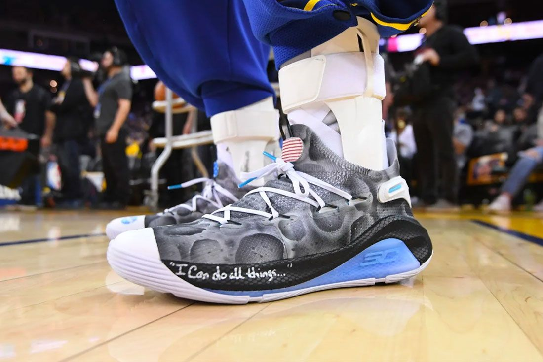 Under Armour Curry 6 Moon Landing