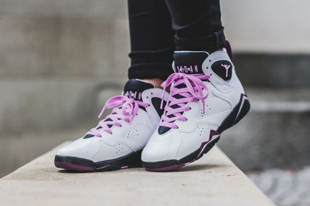 Air Jordan 7 Girls Fuchsia 1
