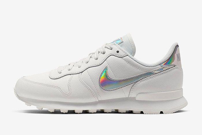 Nike Internationalist White Iridescent Pack