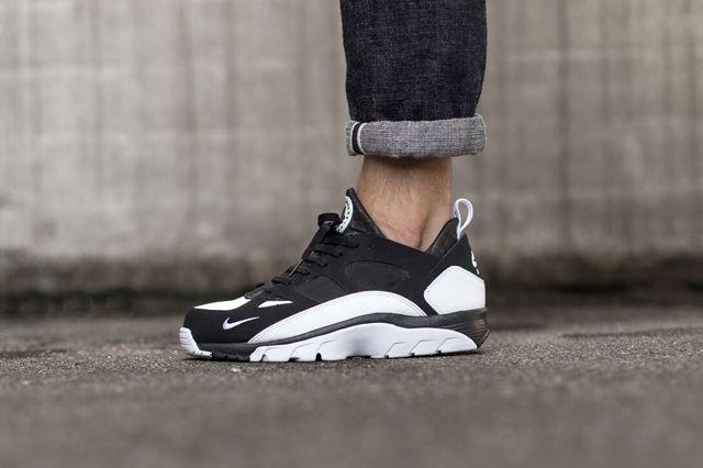 Nike Huarache Trainer Low Black White 2