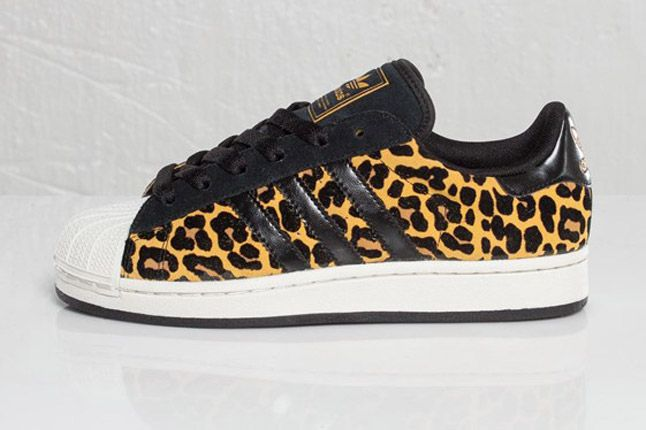 Adidas Originals Superstar 2 Leopard Profile 1