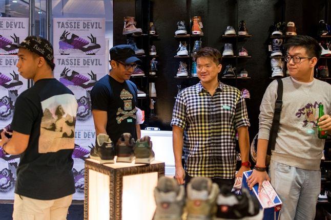 Sneaker Freaker X New Balance 998 Tassie Devil Limited Edt Launch Hanging 1