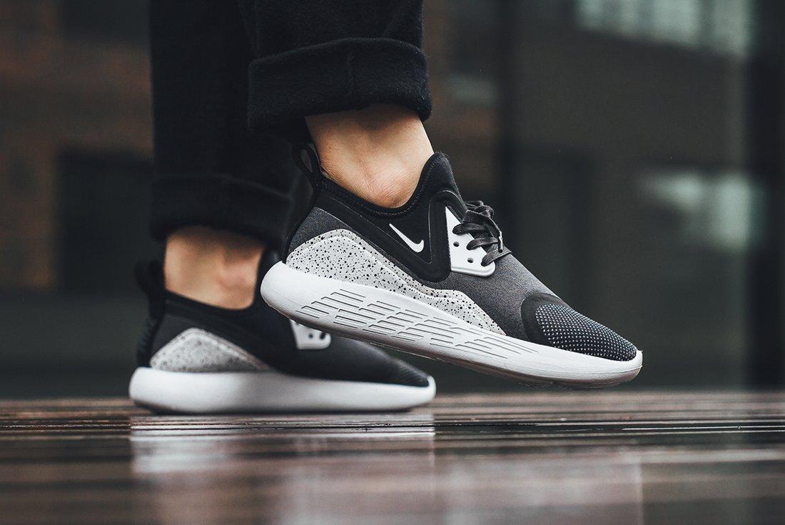 Nike Presents The Lunar Charge