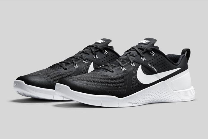 Nike Metcon 1 Black White 1