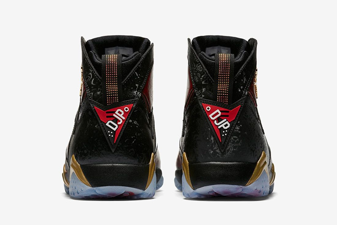 Air Jordan 7 Retro Doernbecher 2