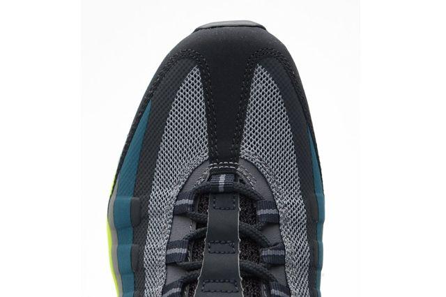 Nike Air Max 95 Medium Base Grey Volt 5