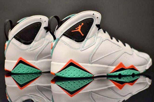Air Jordan 7 Verde
