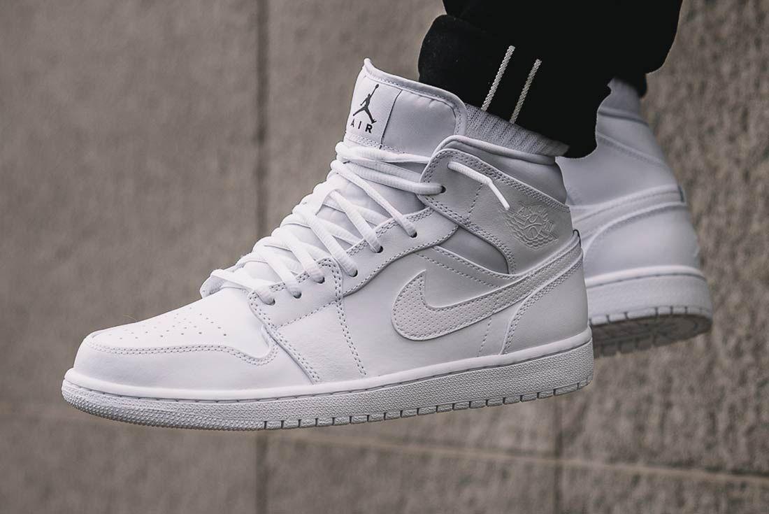 Air Jordan 1 Mid Triple White 2