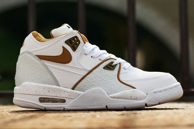 Nike Air Flight 89 White Flat Gold Pure Platinum