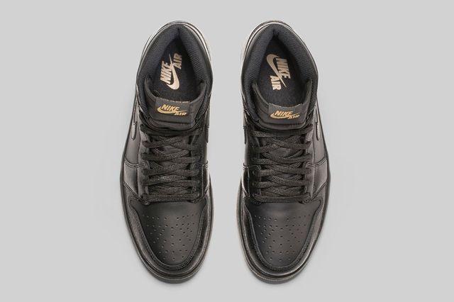 Air Jordan 1 High Black Gum Bump 1