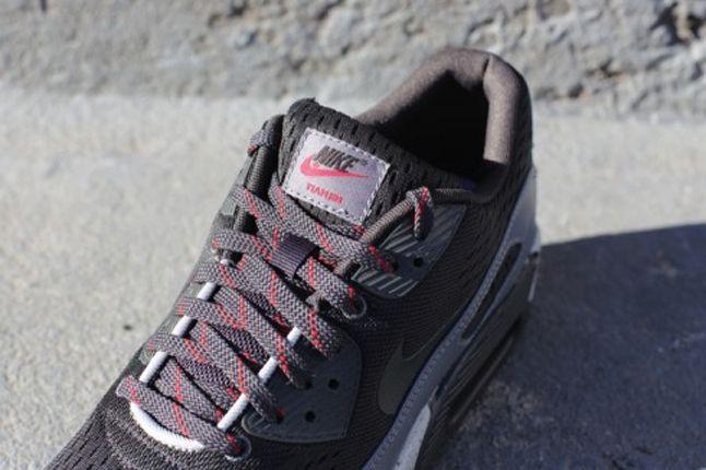 Nike Air Max 90 Em Tianjin Tongue Detail 1
