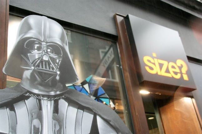 Adidas Size Darth Vader Entrance 1