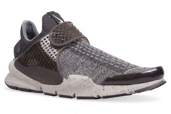 Nike Sock Dart Se Black White 1
