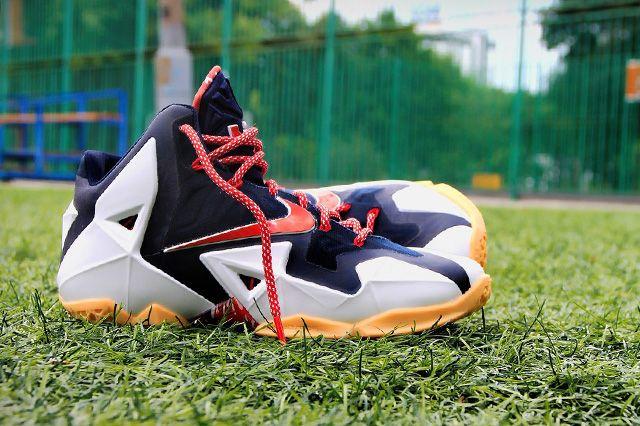 Nike Lebron 11 Independence Day 2
