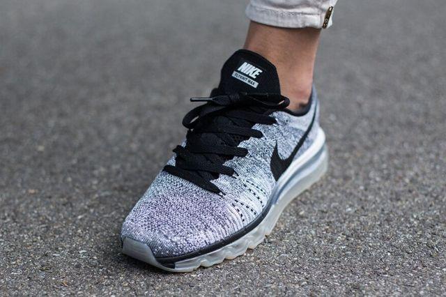 Nike Flyknit Max Oreo Knit 2