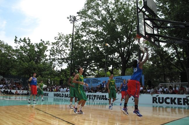 World Basketball Festival Rucker Park 6 2