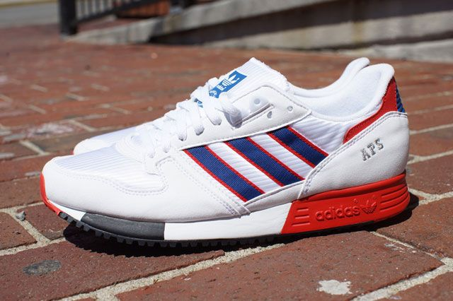 Adidas Aps Sideview