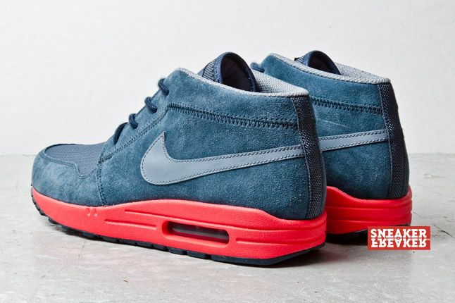 Nike Wardour Max Charcoal Red 3 1