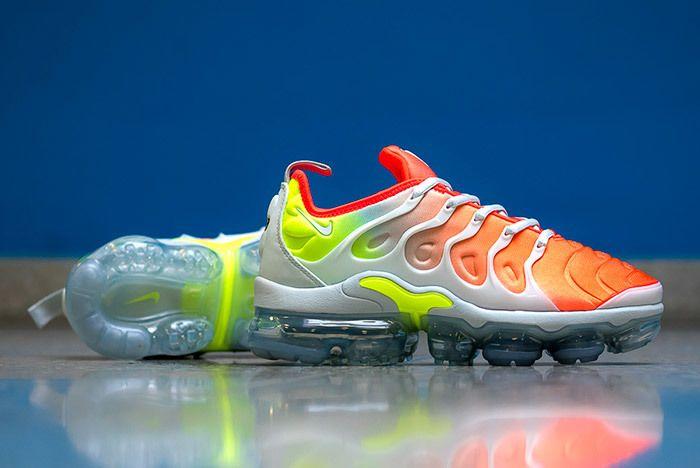 Nike Air Vapormax Plus Womens 2