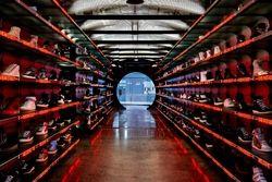 Sneakerboy Thumb