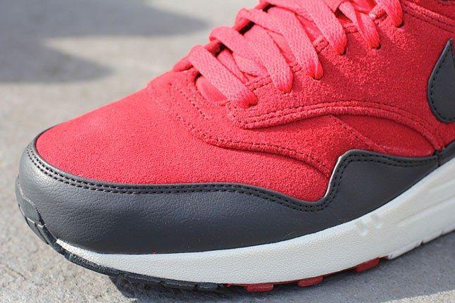 Nike Air Max Gym Red Toe 1