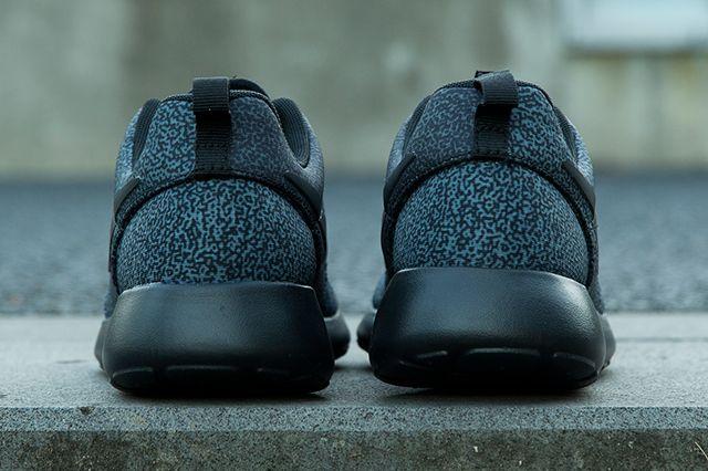 Nike Roshe Run Wmns Brain Print Pack 5
