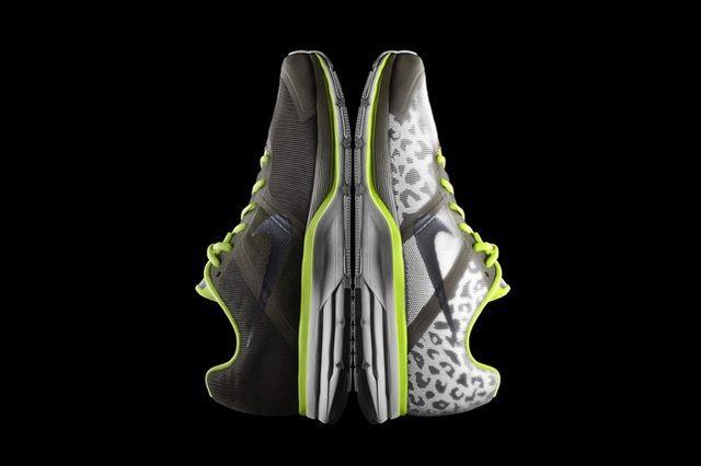 Nike Shield Flash Pack 24