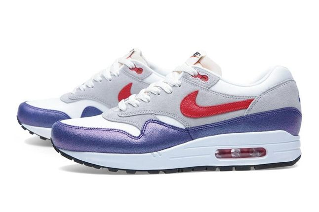 Wmns Am1 Purple Red Profile Pair 1