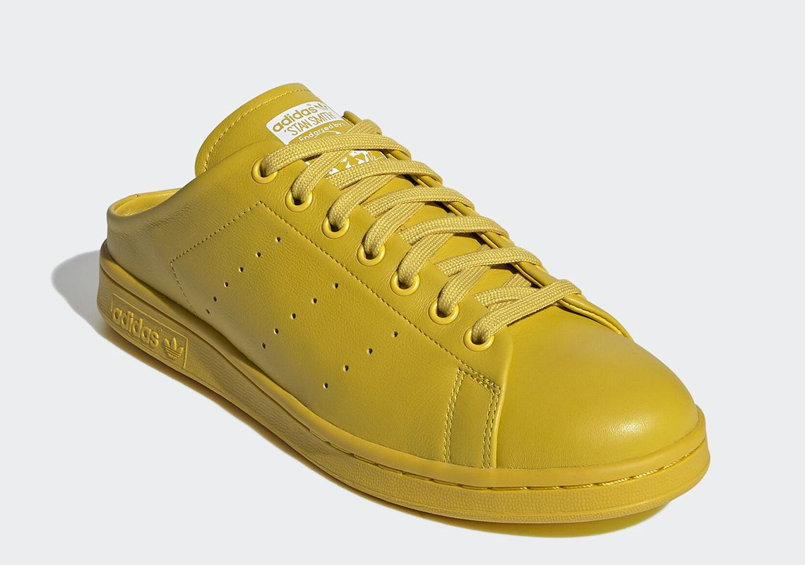 adidas Stan Smith Mule Tribe Yellow Angled
