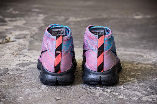 Nike Fly Knit Trainer Chukka Fsb Blue Lagoon Brghtcrmsn 2