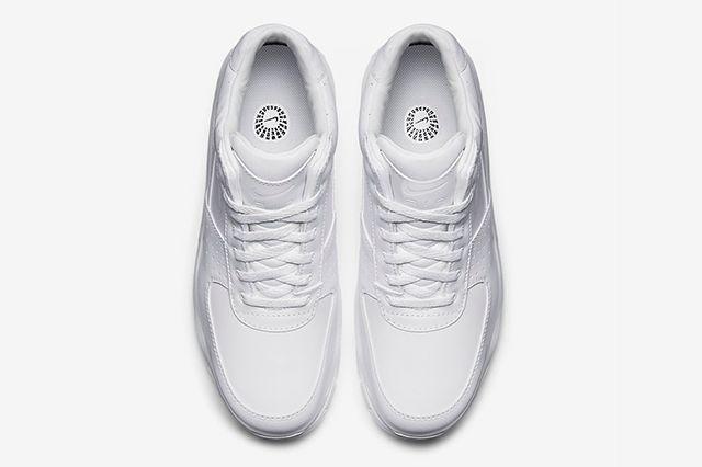 Nike Air Max Goadome Triple White3