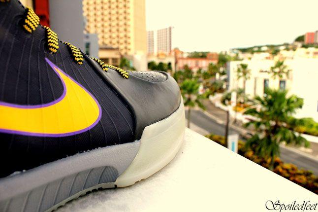 Nike Zoom Kobe 4 Carpe Diem 1