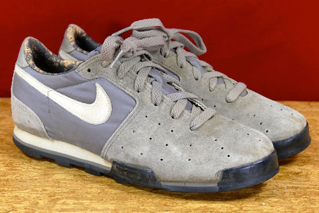 Nike Velo 1984 Grey Front Angle