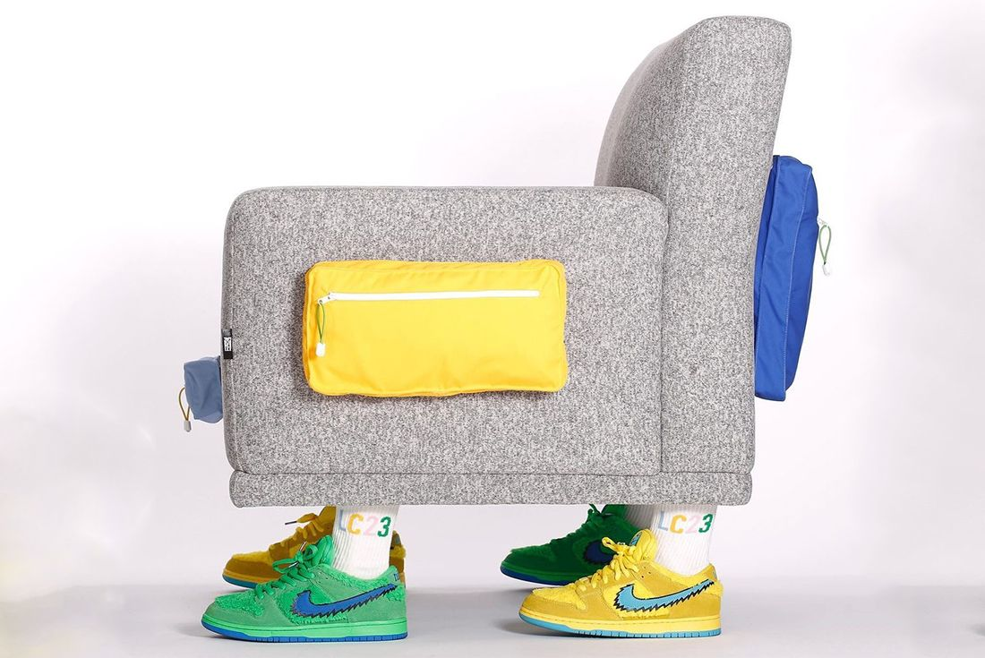 LC23 Armchair sneakers