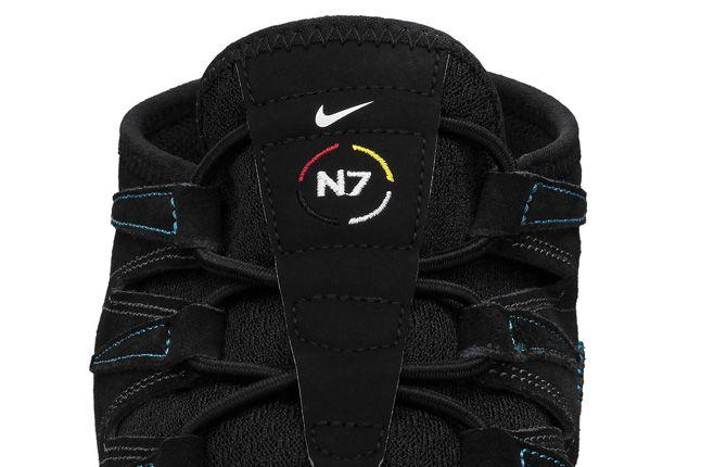 Nike N7 Free Forward Moc Mens Shoe Tongue 1