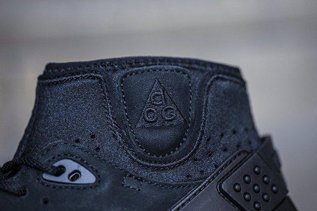 Nike Air Mowabb Og Black 31