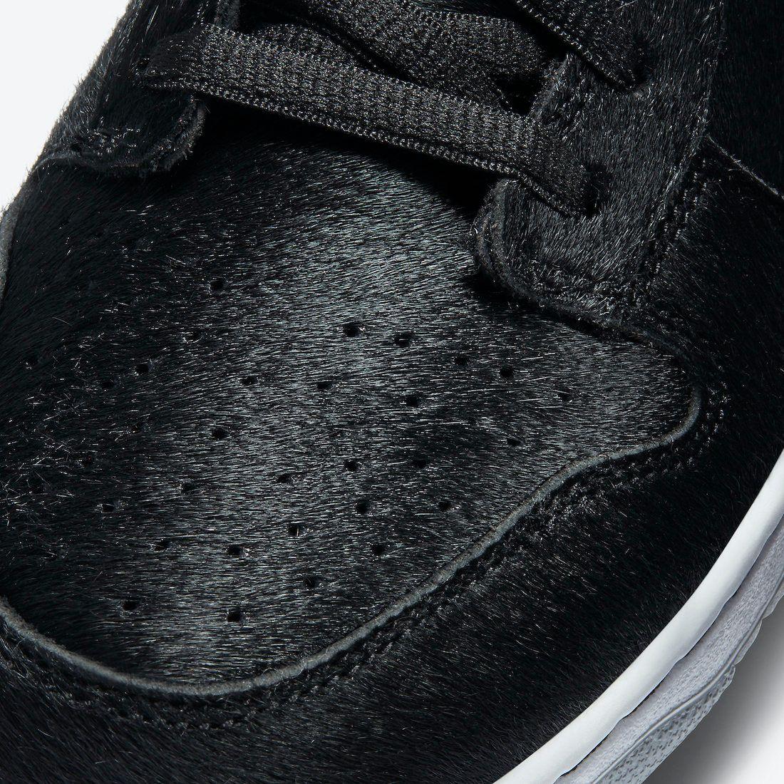 Medicom Nike SB Dunk Low Bearbrick Toe