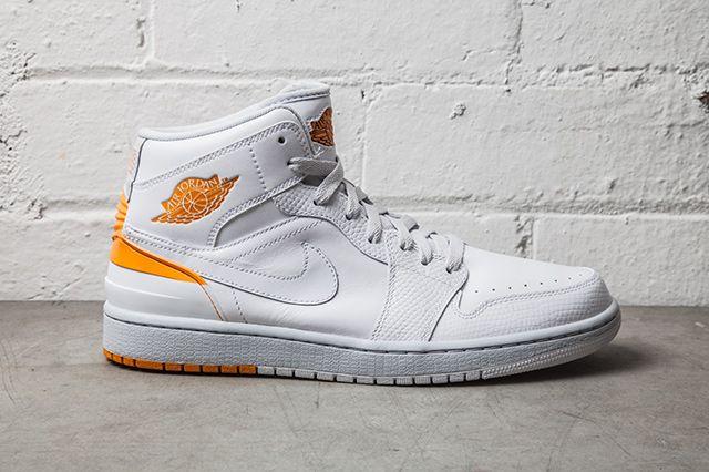 Nike Air Jordan 1 Retro 86 Kumquat Pure Platinum