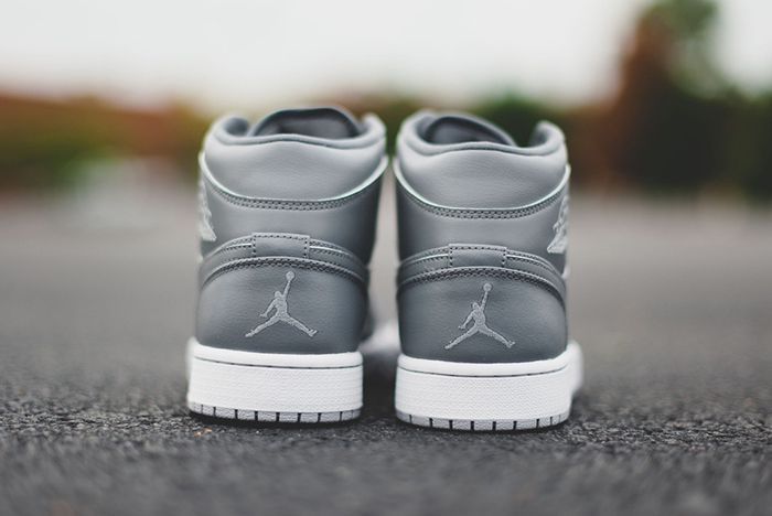Air Jordan 1 Cool Grey Clay Grey 2