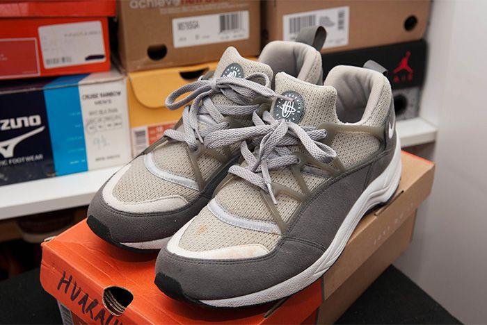 Nike Beams Air Huarache Light Grey Top Angle Body