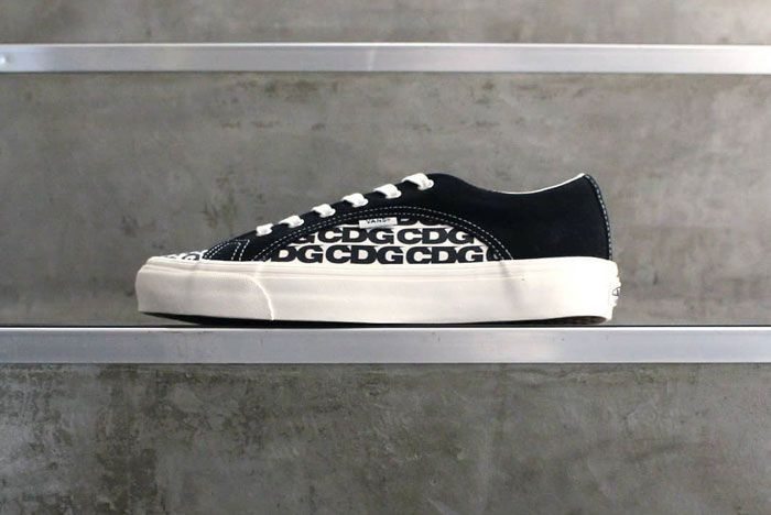 Cdg Vans Lampin Black White Lateral Side Shot