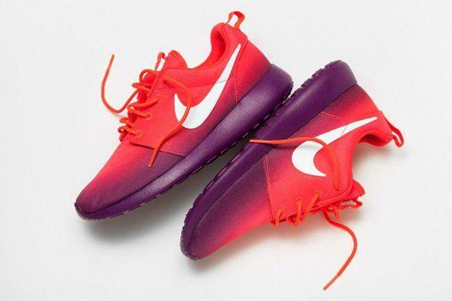 Nike Roshe Run Red Purple