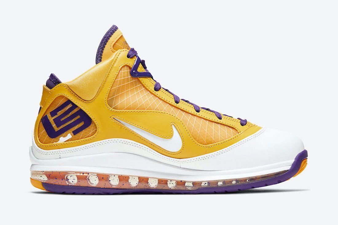 Nike LeBron 7 Lakers Medial