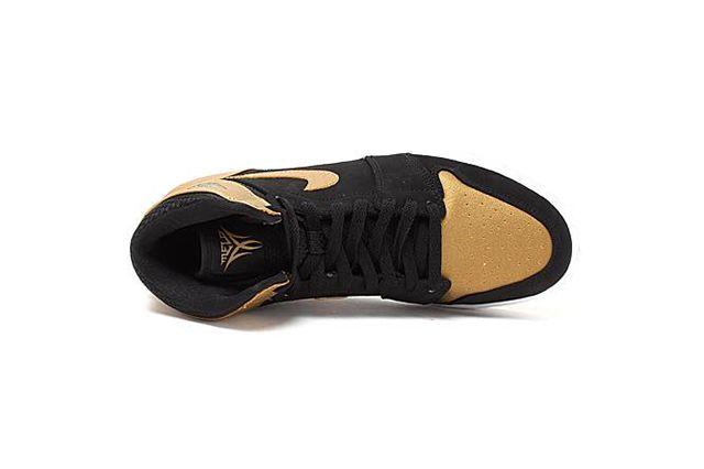Air Jordan1 Retro High Melo 3