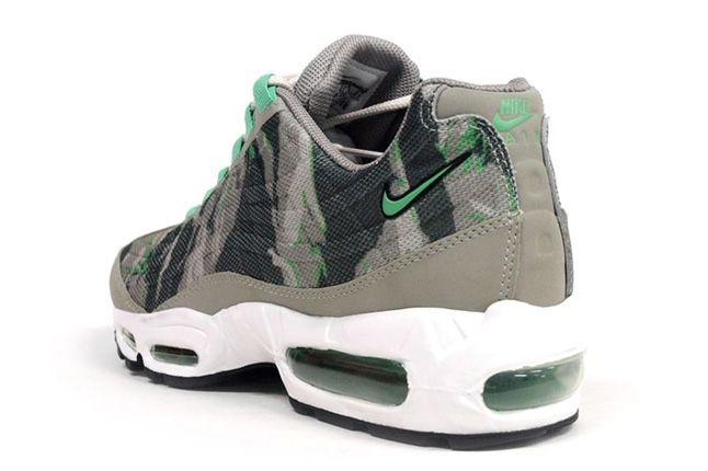 Nike Am95 Prm Tape Green Camo Heel Quarter 1