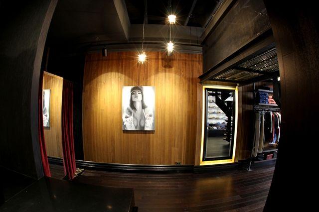 Cabinet Noir Store Opening 2